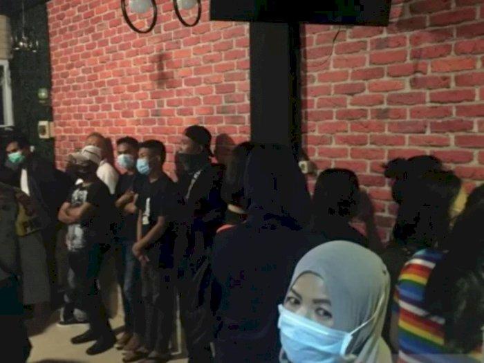 Tetap Buka di Masa PSBB, Panti Pijat Digerebek, 15 Wanita dan 24 Pria Diboyong Petugas