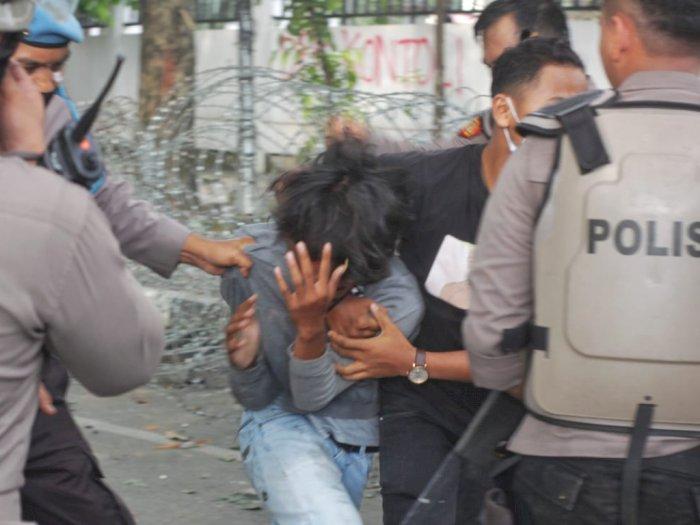 Polisi Amankan Ketua KAMI Medan terkait Rusuh Unjuk Rasa Tolak Omnibus Law