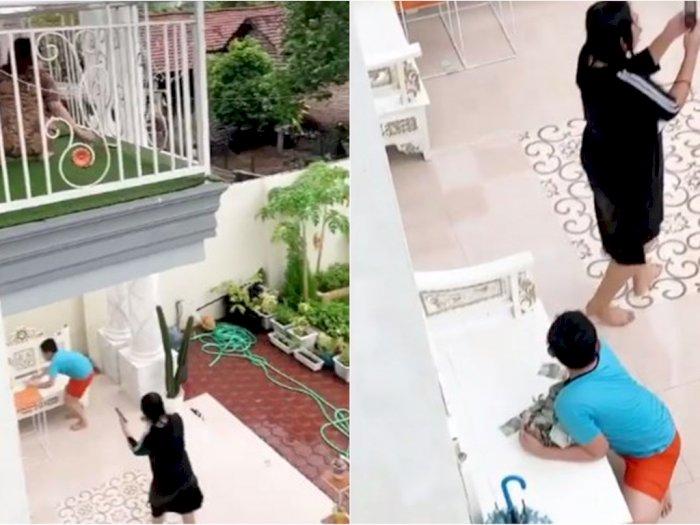 Serunya Momen Via Vallen Buat 'Hujan Uang' di Rumahnya, Terinspirasi Kebiasaan Masa Kecil