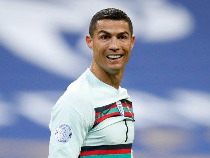 Cristiano Ronaldo Dibebastugaskan dari Tim Nasional Usai Positif COVID-19
