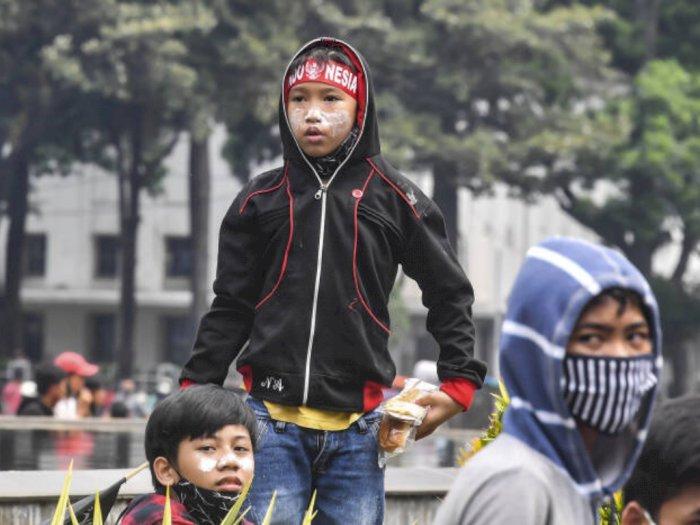 Rusuh Demo Jakarta Kemarin, 5 Bocah SD Bawa Golok Diamankan Polisi