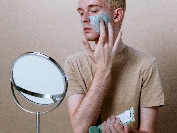 5 Tips Perawatan Kulit Berminyak untuk Para Pria