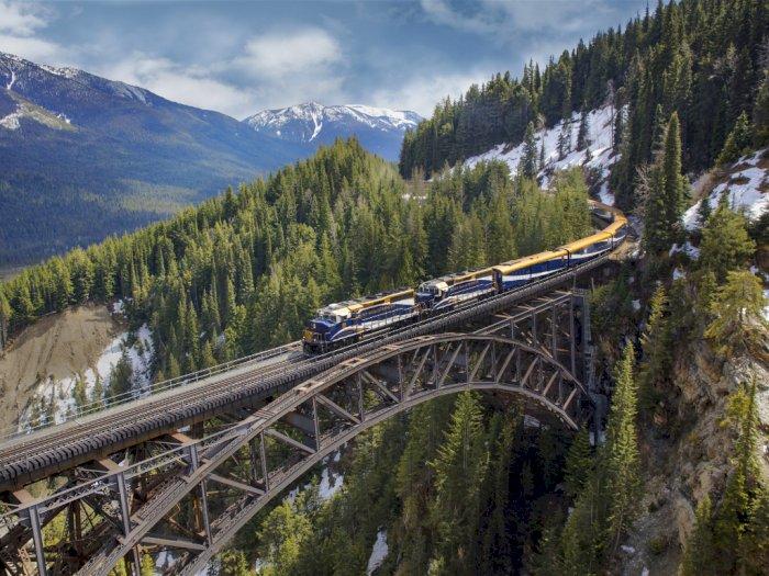 Ini Dia 4 Perjalanan Kereta Api Spektakuler di Dunia