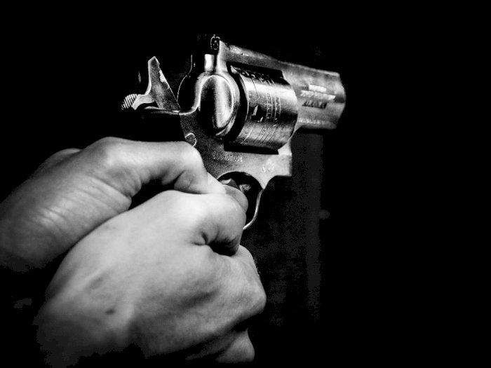 Dorr! Polisi Tembak Paman Bunuh Keponakan di Medan, Kakinya Pincang-pincang