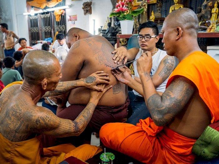 Magis dan Sakral, Begini Tato Sak Yant dari Biksu Buddha di Kamboja
