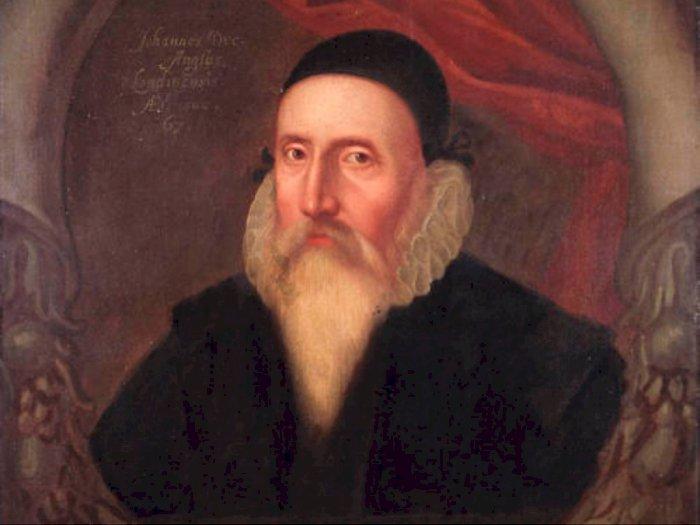 John Dee, Ahli Astrologi Elizabeth I dan Benda Sihir Peninggalannya