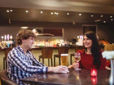 Ingin Kenal Pola Pikir Pasangan Lebih Dalam? Ini Topik yang Bisa Kalian Bahas