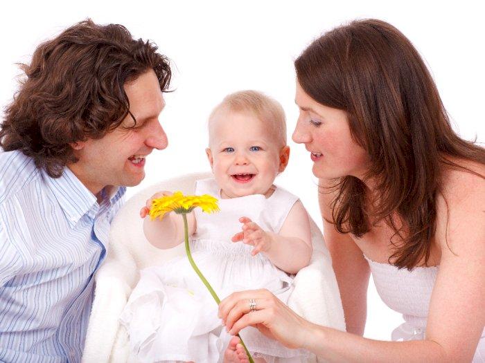 Saat Menjadi Orangtua, Begini 4 Zodiak Ini Mengasuh Anaknya