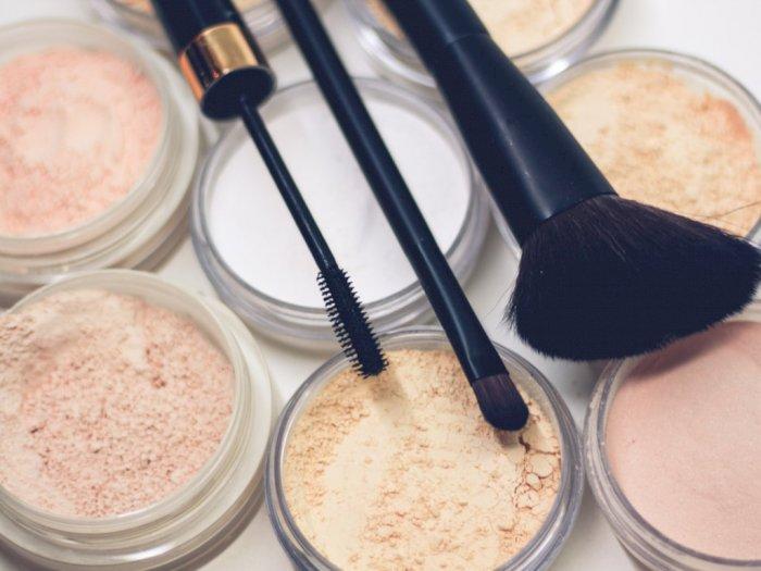 Ciri-ciri Produk Make Up Sudah Kedaluwarsa, dari Lipstik sampai Eyeliner