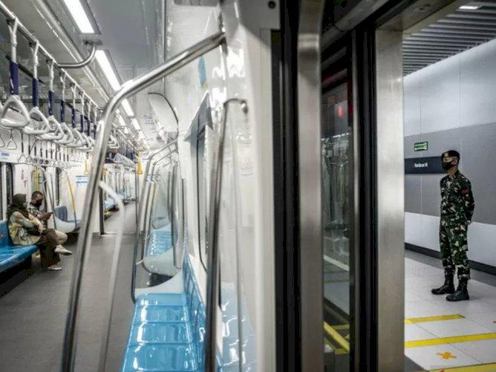 Setelah Aksi Massa Bubarkan Diri, Stasiun MRT Bundaran HI Kembali Beroperasi