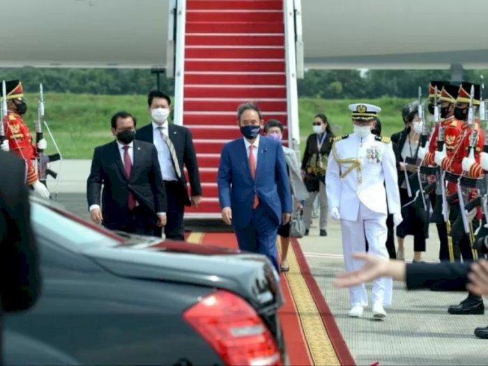 Presiden Joko Widodo Sambut Kedatangan Perdana Menteri Jepang di Istana Bogor