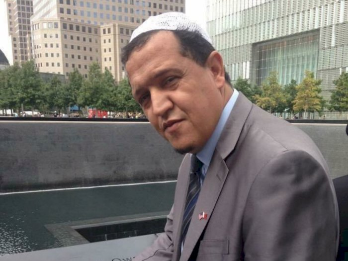 Imam Masjid Prancis Mohon Maaf Terkait Insiden Pemenggalan Guru Sejarah