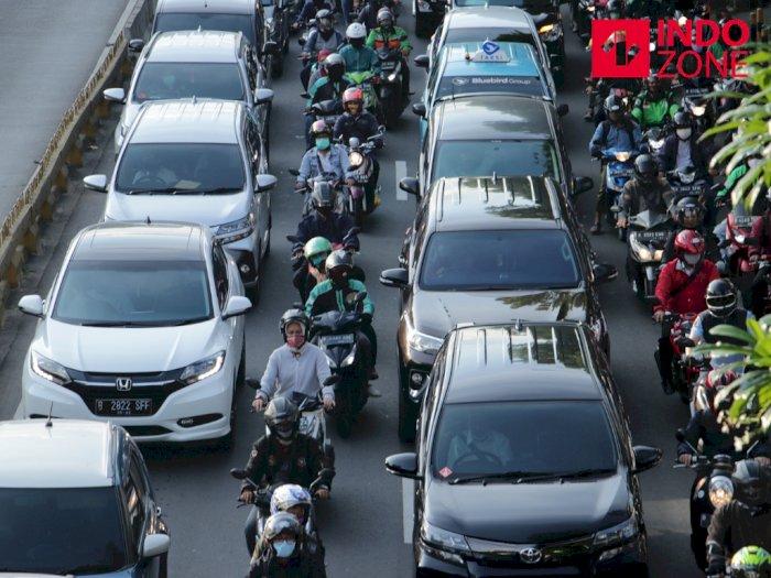Libur Panjang Maulid Nabi, Truk Sumbu 3 ke Atas Dilarang Lewat Tol Jakarta-Cikampek
