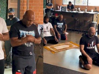 Viral Mike Tyson Salat di Kafe Meski Umat Muslim Dilarang Masuk, Ternyata Begini Faktanya