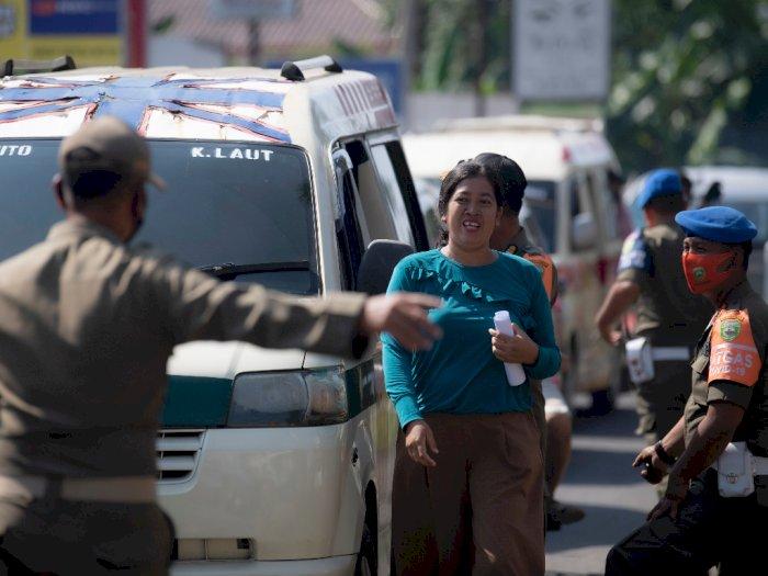 FOTO: Operasi Yustisi Protokol Kesehatan di Perbatasan Kota Palembang