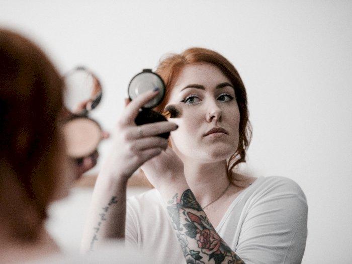 Dapatkan Kulit Wajah Tanpa Pori-pori dengan Menerapkan 4 Langkah Ini saat Pakai Makeup