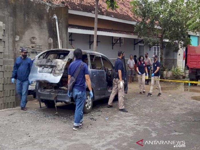 Geger, Istri Seorang Dokter Spesialis Tewas Dibakar di Dalam Mobil, Masih Kerabat Jokowi