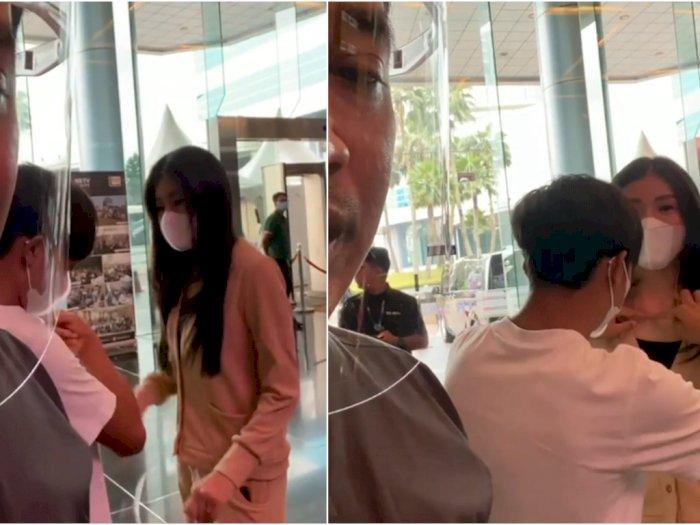 Tak Ingin Aurat Bundanya Dilihat Orang, Betrand Peto Protes Baju Sarwendah, Netizen Kagum