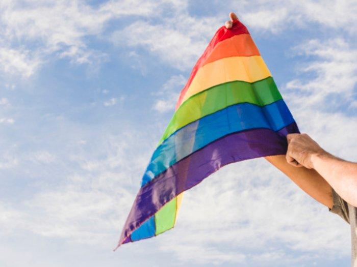 IPW Bongkar Kasus Lama, Anggota Polri Saling Bunuh Hingga Bunuh Diri Akibat LGBT