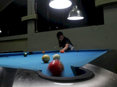 FOTO: Latihan Atlet Billiard Sumatera Barat