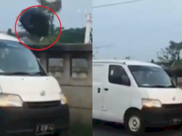 Pemobil Viral yang Buang Sampah Sembarangan di Bekasi Serahkan Diri ke Polisi