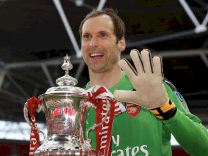 Petr Cech Masuk Daftar 25 Pemain Liga Primer Chelsea, Jorginho: Dia akan Banyak Membantu!
