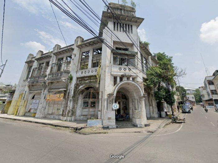 FOTO: Gedung Warenhuis, Bangunan Supermarket Pertama di Medan yang Akan Direvitalisasi