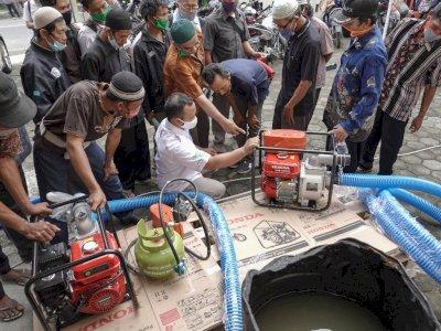 FOTO: Bantuan Mesin Pompa Air Untuk Petani Kebumen