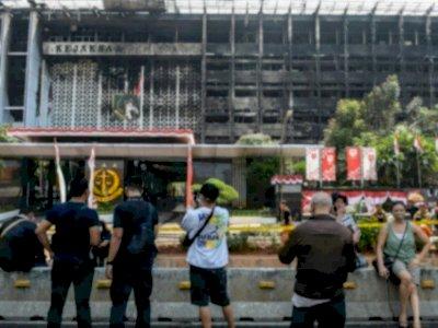 MAKI Minta Polri Rekontruksi Kasus Kebakaran Kejagung secara Terbuka