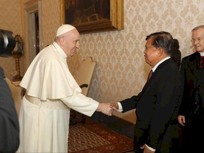 Bertemu di Vatikan, JK dan Paus Fransiskus Bahas Perdamaian Dunia