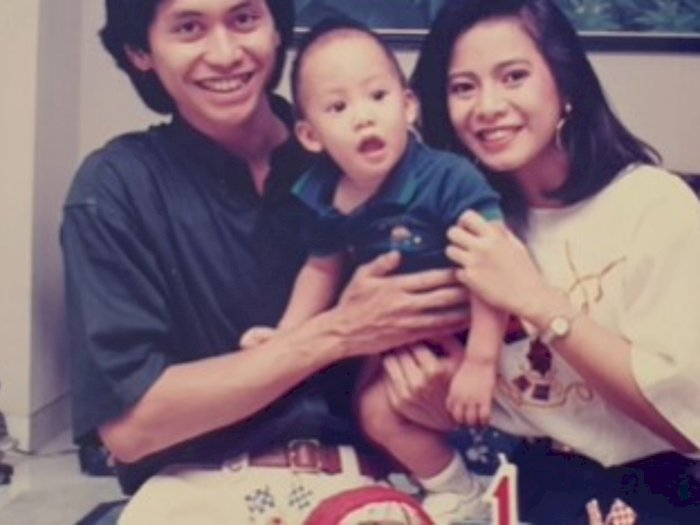 Kevin Aprilio Menikah, Memes Ungkapkan Kesedihan: Rasanya Baru Kemarin Menimang Kamu