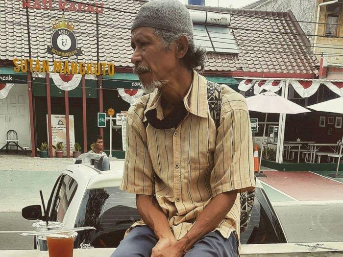 Kisah Mengharukan Pak Bambang asal NTB, Keliling Jakarta Selama 3 Bulan Demi Sesuap Nasi