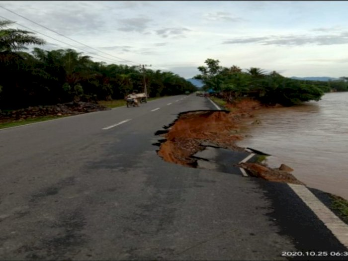 Banjir Langkat: Empat Jembatan Putus dan Ratusan Rumah Terendam