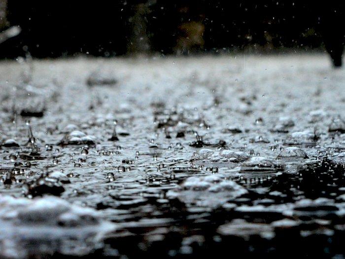 Minum Air Hujan, Amankah untuk Kesehatan?