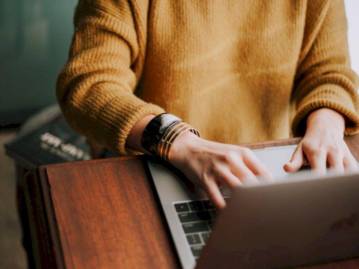 Kuliah Online, Mahasiswa Ini Malah Tanya 'Apakah Cinta Harus Memiliki' ke Dosennya