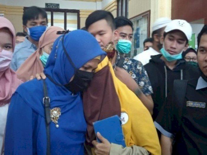 Hakim PN Medan Tunda Sidang Praperadilan Ketua KAMI Medan Gegara Polisi Absen
