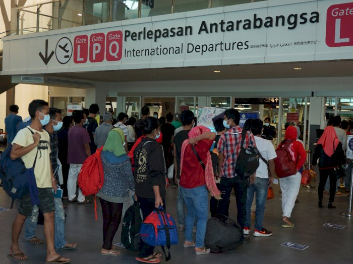 FOTO: Proses Pemulangan TKI Ilegal asal Sumut yang Dideportasi dari Malaysia