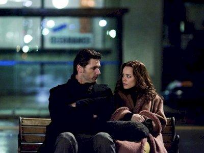 """Sinopsis """"The Time Traveler's Wife (2009)"""" - Saat Perjalanan Waktu Berubah Menjadi Masalah"""