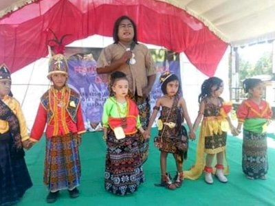 Jadi Pejabat Publik Transpuan Pertama di Indonesia, Begini Perjuangan Hendrika Kelan