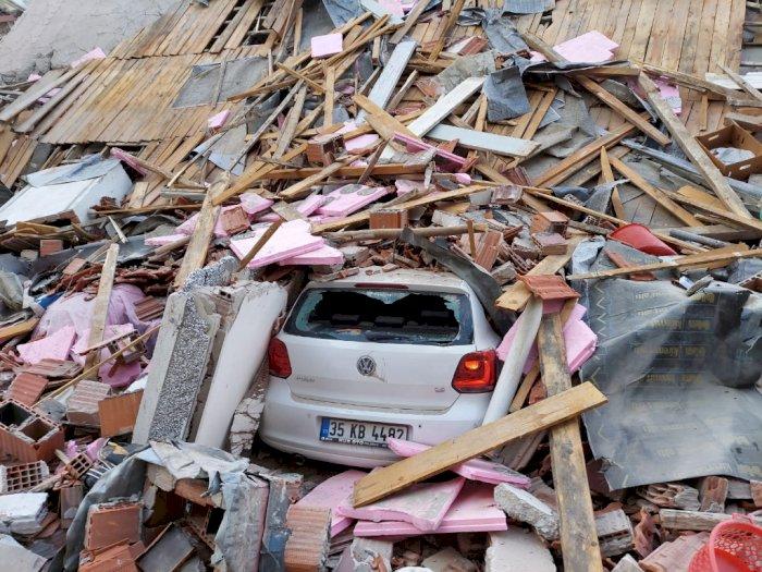 6 Orang Tewas dan Ratusan Terluka Akibat Gempa di Turki, Peringatan Tsunami Dikeluarkan