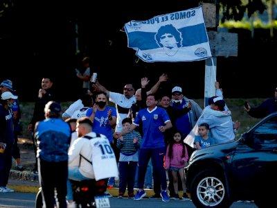 Ultah ke-60 Maradona Dirayakan dengan Kebahagiaan dari Penggemar