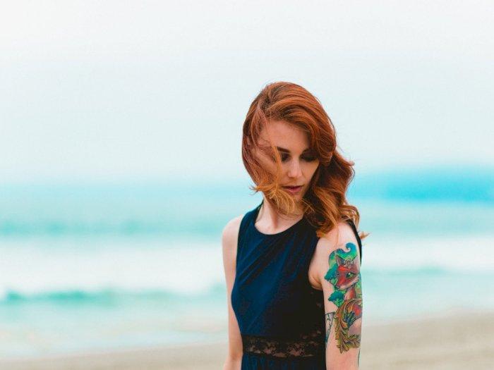 Alami Kulit Bergelembung Setelah Membuat Tato? Ini Penyebabnya