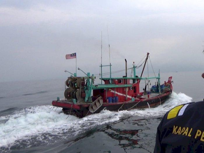Sempat Kabur Usai Terciduk Curi Ikan di Perairan Indonesia, Kapal Malaysia Dilumpuhkan