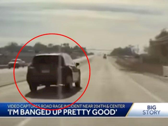 Momen Kecelakaan Akibat Emosi di Jalan yang Ditangkap Kamera Mobil Tesla