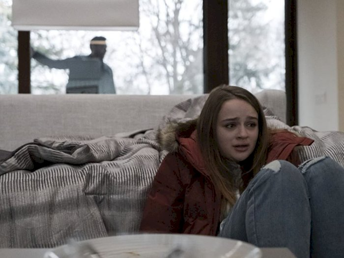 "Sinopsis ""The Lie (2018)"" - Usaha Seorang Ayah Menyembunyikan Kejahatan Anaknya"