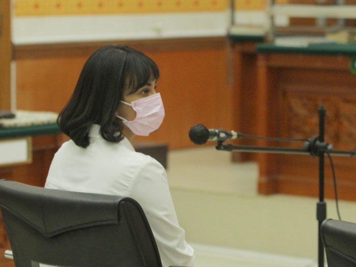 Divonis 3 Bulan Penjara, Vanessa Angel Masih Menimbang untuk Banding atau Tidak