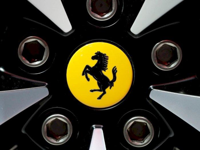CEO Ferrari Tak Berencana Buat Seluruh Mobilnya Menjadi Elektrik!