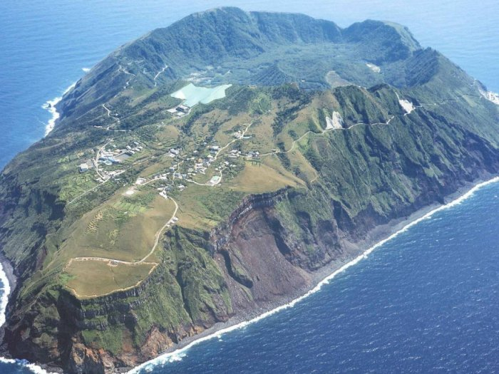 Pulau Vulkanik Aogashima, Surga Tersembunyi Nan Damai di Jepang