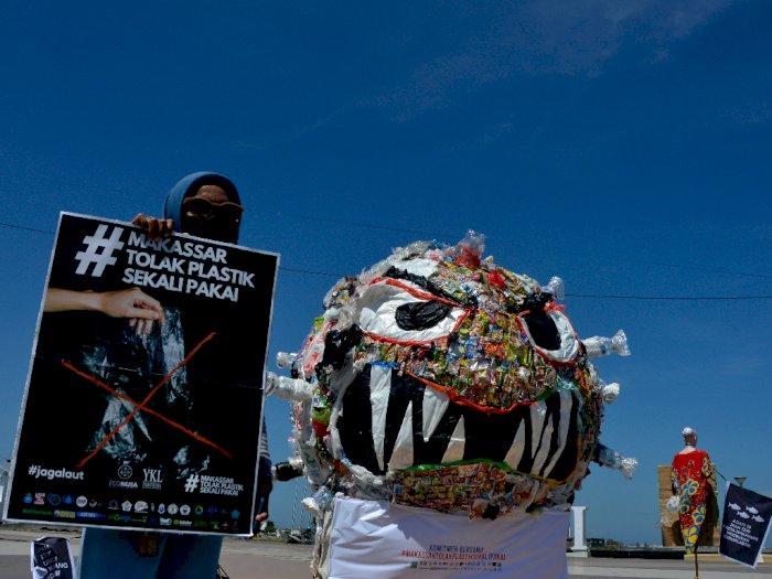 FOTO: Kampanye Anti Plastik Sekali Pakai di Makassar