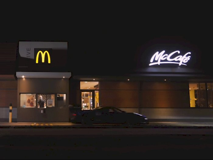Melihat Mobil McLaren Senna GTR Ketika Masuk ke Drive-Thru McDonalds!